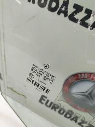 Стекло двери переднее правое Mercedes W212 2127250810