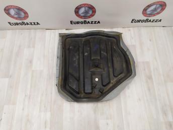 Ниша запасного колеса Mercedes W204 2046100075