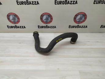 Патрубок радиатора Mercedes W212 2045013182