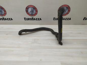 Патрубок радиатора Mercedes W212 2125010782