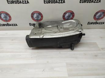 Корпус воздушного фильтра Mercedes W204 6510901101