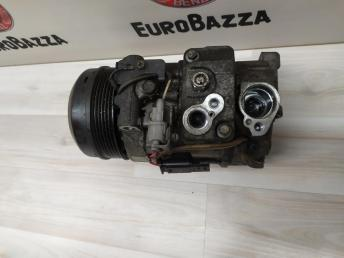 Компрессор кондиционера Mercedes W204 0008302700