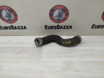 Патрубок системы охлаждения Mercedes W204 2125018282
