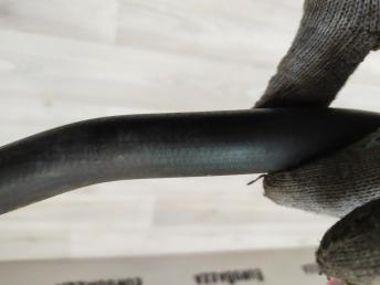 Патрубок системы охлаждения Mercedes W204 2048302296