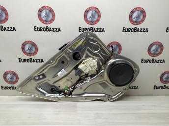 Стеклоподъемник задний левый Mercedes W204 2048200542