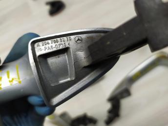 Ручка двери Mercedes W204 2047600270