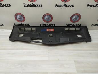 Воздуховод верхний Mercedes W204 2048174920