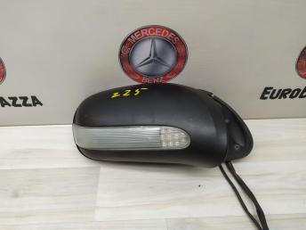 Зеркало правое Mercedes W220 2208101064