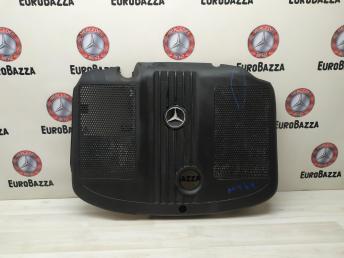 Крышка двигателя Mercedes W204 6510101467