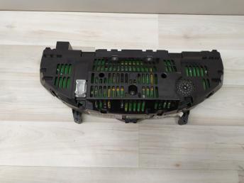 Панель приборов Mercedes W204 2049004809