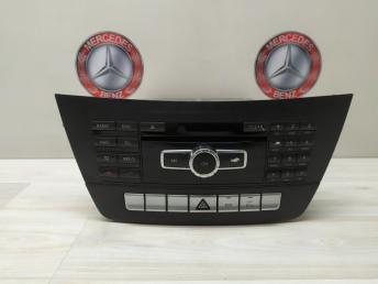 Команд Mercedes W204 2049009410