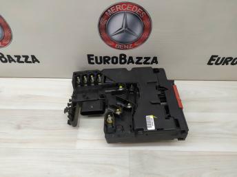 Блок силовых предохранителей Mercedes W204 2125400450