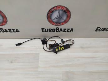 Усилитель антенны Mercedes W204 2048708490
