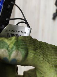 Контактная панель справа Mercedes W204 2048270548