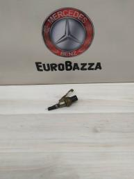 Датчик давления топлива Mercedes W204 6510703981