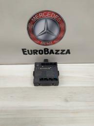 Блок управления дверью передний Mercedes W212 2128203785