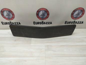 Площадка номерного знака передняя Mercedes W219 2198850081