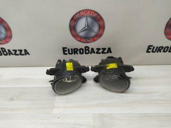 Противотуманный фонарь Mercedes W219 2518200856