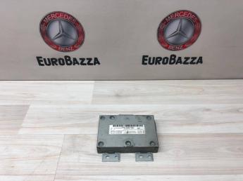 Блок управления мультимедиа Mercedes W204 2049000300