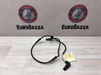 Датчик ABS передний Mercedes W230 2305400717