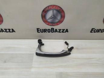 Ручка двери задняя правая Mercedes W211 2117601270