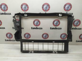 Диффузор вентилятора Mercedes W210 2103011520