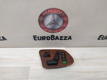 Блок управления сиденьем правый Mercedes W210 2108209310