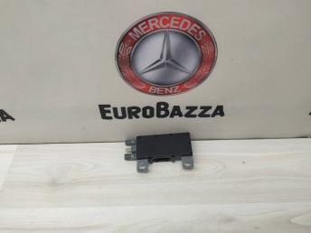 Усилитель антенны Mercedes W210 2108200789
