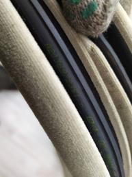 Уплотнитель двери Mercedes W203 2036972351