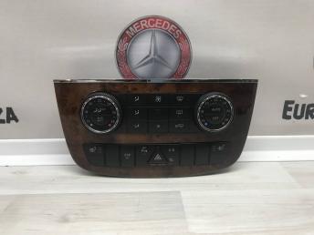Блок управления климатом Mercedes W251 A2518208489