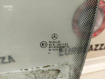 Стекло переднее левое Mercedes W208 2087201518