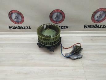 Моторчик отопителя с резистором Mercedes W208 2028209342