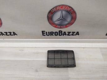 Сетка заднего динамика Mercedes W208 2089230024