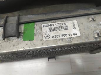Интеркулер Mercedes W208 2025001100