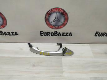 Ручка двери передняя левая Mercedes W203 2037660501