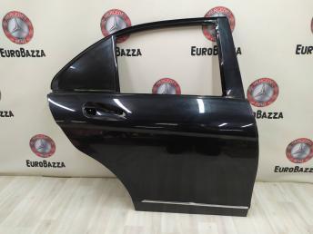 Дверь задняя правая Mercedes W204 2047300205