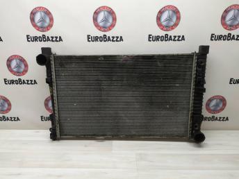 Радиатор основной Mercedes W203 2035004503
