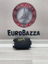 Крышка плюсовой клемы  Mercedes W210 A2105451303
