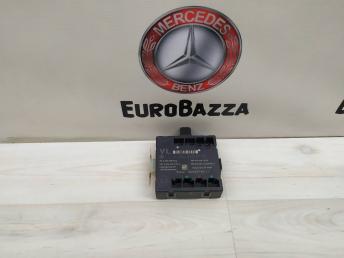 Блок управления двери передней левой Mercedes W204 2048206985