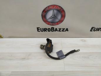 Клемма минусовая аккумулятора Mercedes W204 2045420818