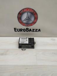 Блок управления бензонасосом Mercedes W204 2215406562