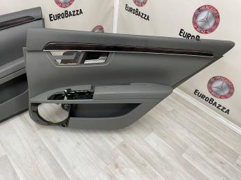 Дверная карта Mercedes W221 2217201779