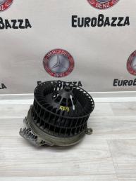 Моторчик печки Mercedes W210 2108206842