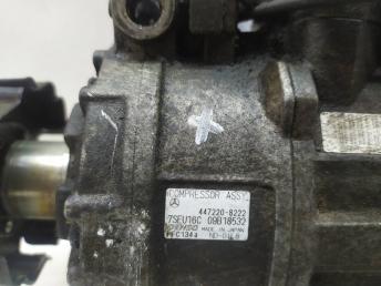 Компрессор кондиционера Mercedes M272 0012308111
