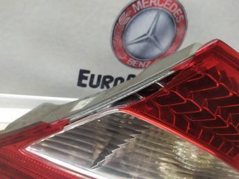 Фонарь задний правый Mercedes W219 2198200264