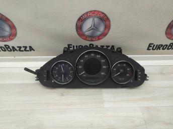 Панель приборов Mercedes W219 2195401711