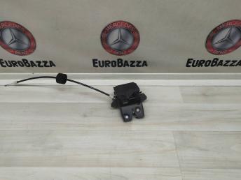 Замок крышки багажника Mercedes W219 1717500185