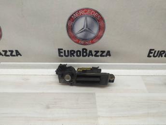 Ручка багажника Mercedes W203 Coupe 2037500793