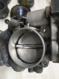 Дроссельная заслонка Mercedes М113 1131410125