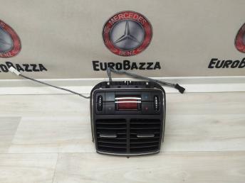 Дефлектор задний с дисплеем Mercedes W219 2118302254